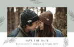 Save the date kaart met fotokader en takjes